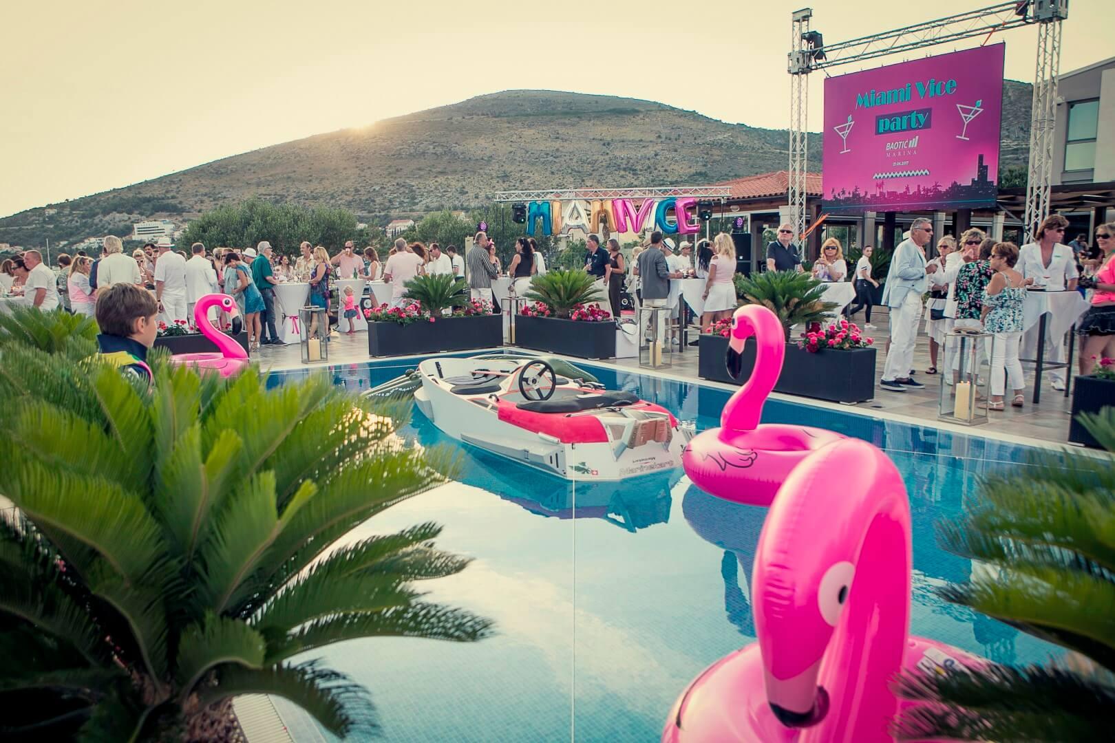 Miami Vice party event scenografija