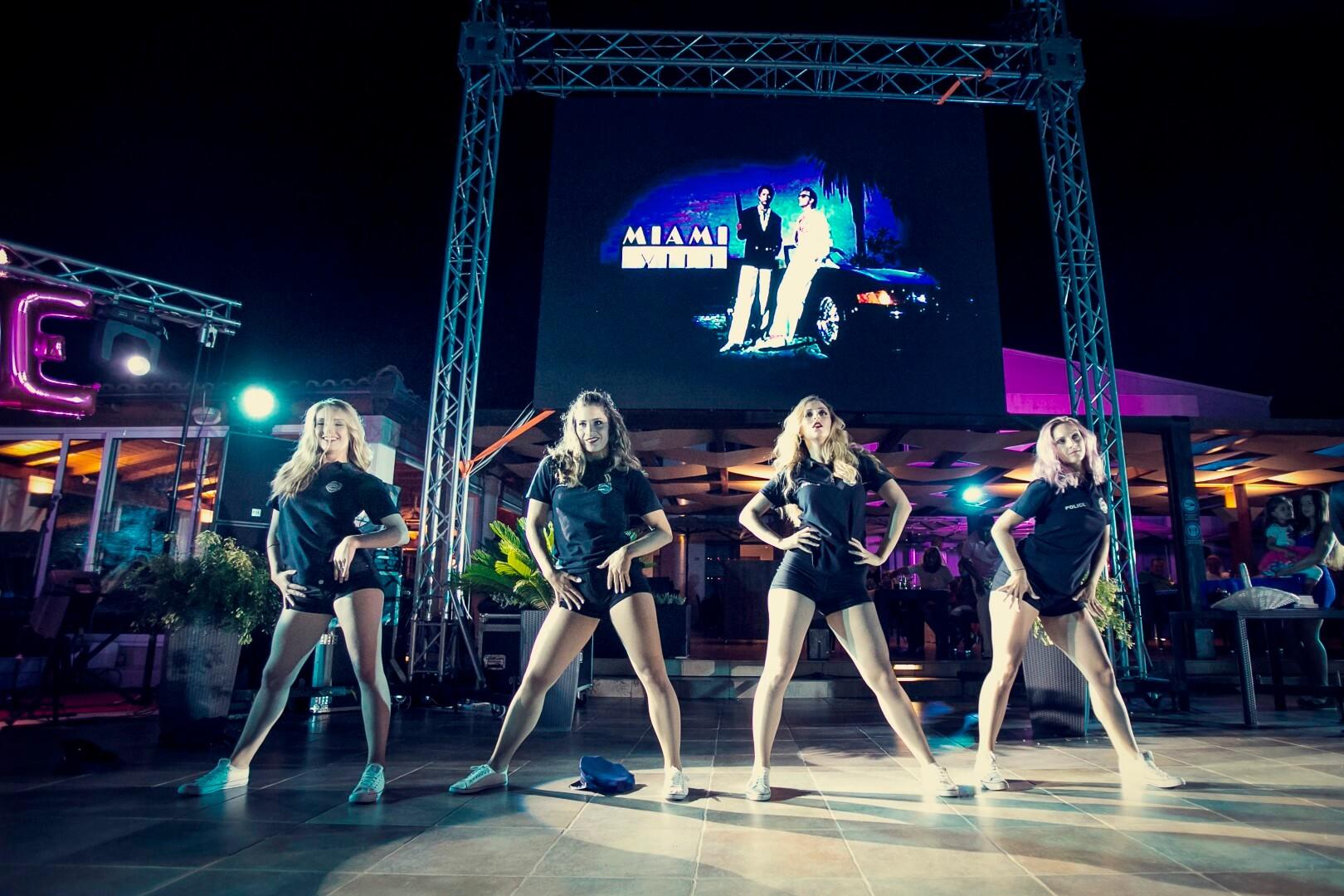 Miami Vice party event plesačice