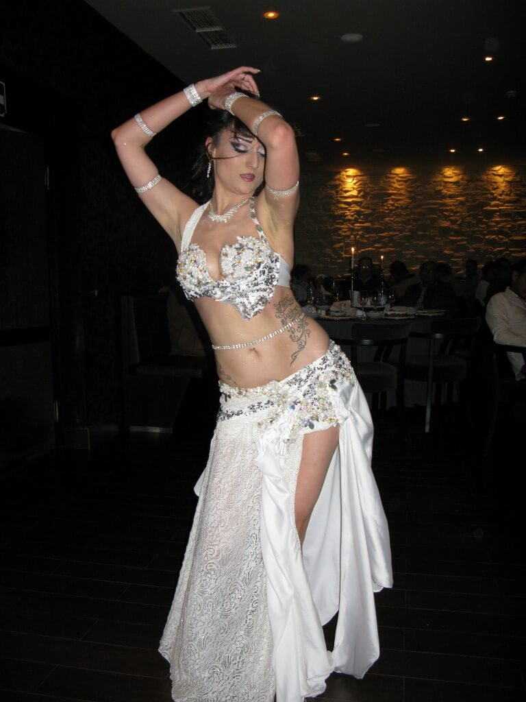 trbušna plesačica