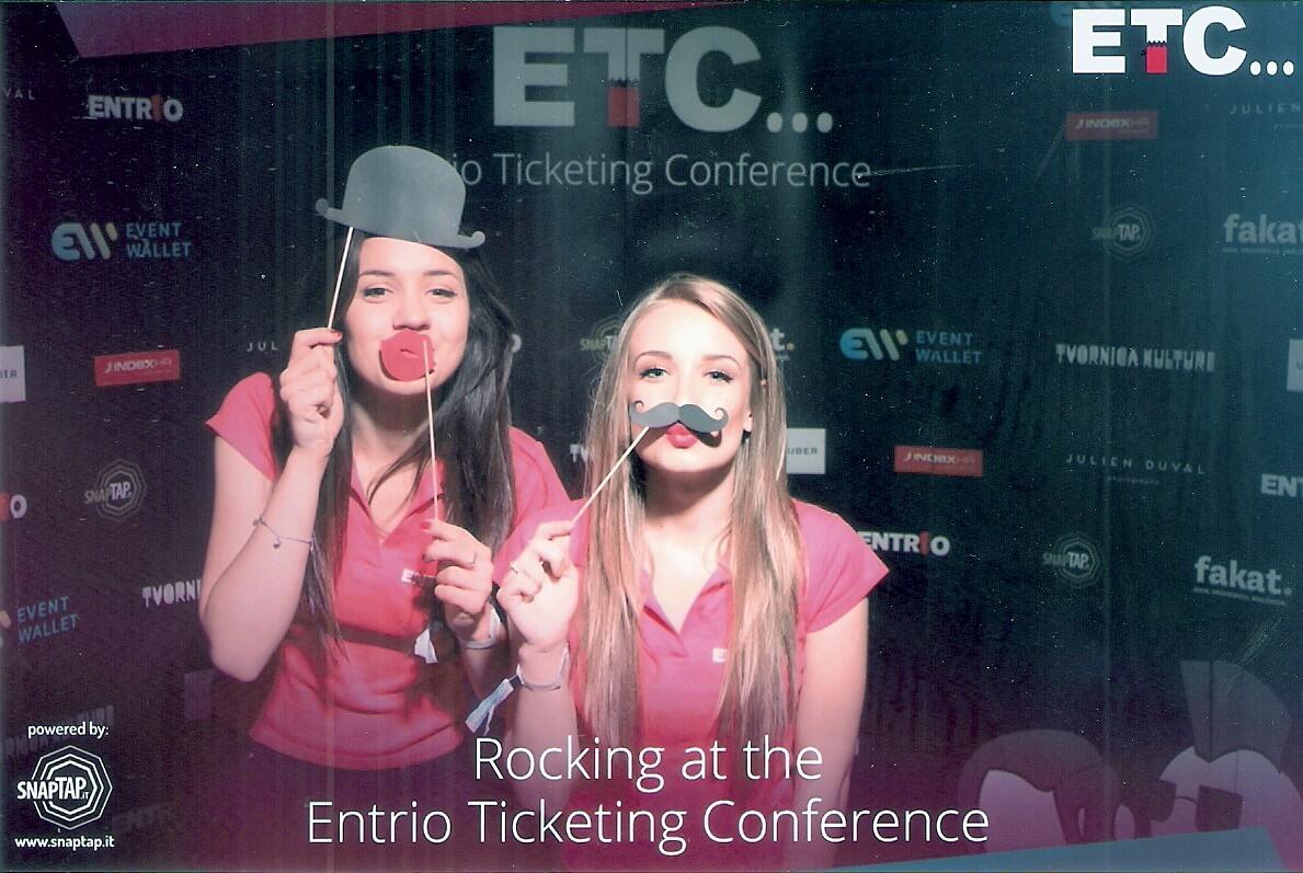 Entrio Ticketing Conference photo corner